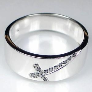 【男性用:送料無料】斜めクロスのブラックダイヤモンド K10メンズリング 文字入れ無料