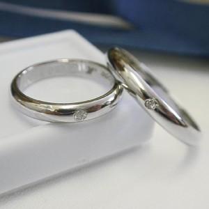 高品質【ペア価格・結婚指輪】プラチナ Pt900 ダイヤモンド ペアリング: 造幣局刻印入り  文字刻印無料 ケース無料 送料無料