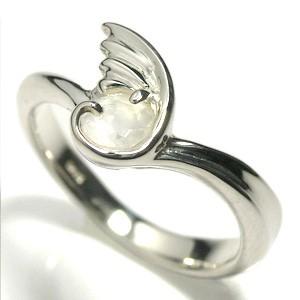 【6月/誕生石/月長石】ムーンストーンを包む羽シルバーリング 7〜11号/指輪/レディース/天然石/パワーストーン/翼/SHILVER925