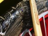 竹ブラシL長毛白//ドアヒンジや給油口、タイヤハウス、手が届かない場所の洗浄に!曲柄ブラシ 狭い隙間 洗浄用ブラシ 車用ボディー隙間