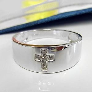 幅広タイプに十字架のダイヤ♪K18WGリング
