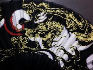 浴衣&着物に♪粋な男物男性シルク扇子黒地翔龍