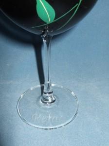 ☆蒔絵ワイングラス♪ボルドー 黒 《バラ》☆誕生祝・結婚祝・還暦祝のプレゼントに最適♪