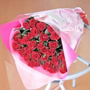 送料無料 赤いバラ 40本の花束 薔薇 ばら 誕生日 記念日 レッドローズ