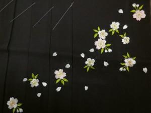 卒業式&謝恩会♪レンタルよりお得♪グラデーションぼかし刺繍袴(はかま)グレー黒地桜M・L