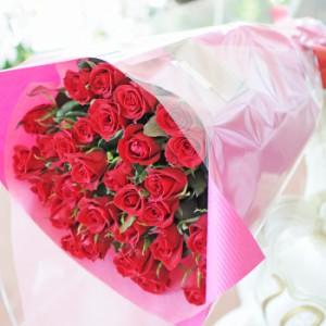 赤いバラ 20本の花束 誕生日プレゼント バラ花束 バラの花束 成人祝い花 花宅配 エーデルワイス花の贈り物【送料無料】