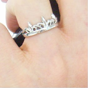 1本だけなら半額!選べる3色!人気のシンプル ティエラ王冠 シルバーペアリング ブランド ペアジュエリー プレゼントに最適