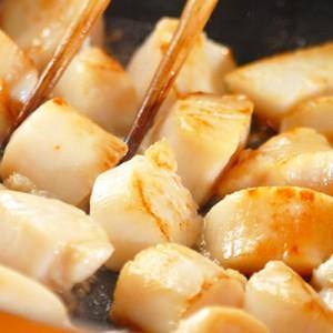 【送料無料 北海道産 訳あり】生食 生ホタテ貝柱 【1kg】欠け 多少割れ お刺身 バター焼き!【ほたて】wa
