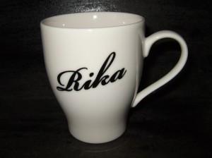 ★白マグカップに名前を彫ります。結婚祝・誕生祝プレゼントギフトに最適★