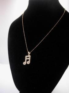 ラインストーン音符ネックレス・メール便(ゆうパケット)なら送料無料・音楽・ロック・16分音符小・Music・N-384