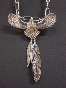 イーグル&フェザーネックレス・メール便(ゆうパケット)なら送料無料・鷲・eagle・羽・シルバー・ネイティブ・M-1955