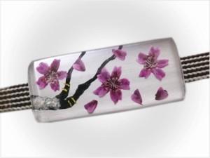 着物きものに 舞妓気分の帯留め帯止め桜