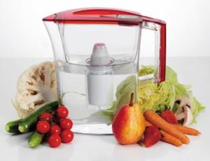 高性能・低価格『ライカピュア浄水器』冷蔵庫のポケットに入る薄型3リットル
