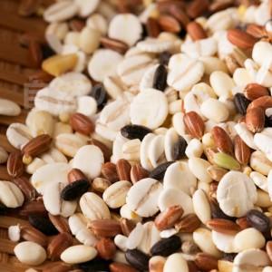 【自然の館】【予約販売3/26〜3/30出荷】国産100% 未来雑穀21+マンナン 1kg 送料無料 もち麦 ダイエット 米 グラノーラ  訳あり