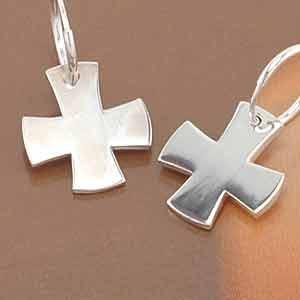 韓国スター・アクセサリー JYJのジェジュンst. シルバー 正十字架 ピアス EARRING(2個1セット)