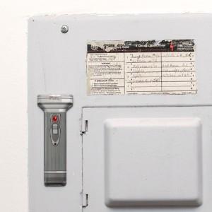 Kikkerland キッカーランド マグネティックフラッシュライト LEDライト 薄型  軽量 懐中電灯
