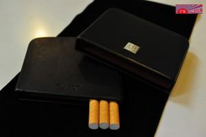 【ダンヒル・シガレットケース・スライド10本・クラシック】送料無料◆人気◆本革◆高級◆dunhill◆タバコケース たばこケース