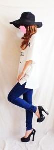 サイドカットデザイン×英字ロゴ♪オーバーサイズで女の子アピールできちゃうTシャツワンピース♪男女ウケ抜群!!!