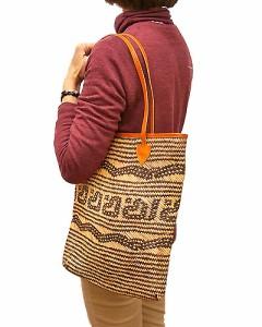 ラタンのカゴバッグ トートバッグカリマンタン編み 角型 ベージュ革紐 バリ雑貨 アジア雑貨 アジアン雑貨
