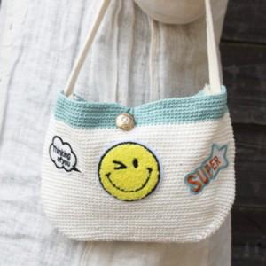 【リゾート雑貨】 翌日出荷 手編みミニバッグ 裏地付き スマイル ファッション バッグ ちょっとしたお出かけ にこちゃん