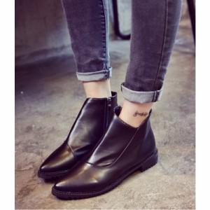 ショートブーツ不規則な履き口とポインテッドトゥが大人な印象に♪3.5cmヒール/とんがり/ブーティー/靴/秋冬/レディース
