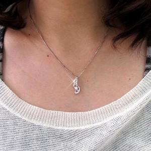 揺れる ブラ ツイスト ダイヤモンド ネックレス ペンダント ダイヤペンダント K18 ホワイトゴールド K18WG 【送料無料】