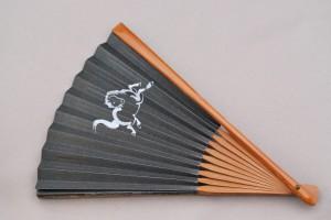 京風庵大むら 紳士用プリント柄和紙扇子 瓢箪から駒