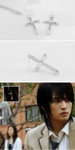 韓国スター・アクセサリー JYJのジェジュンst. キュービック クロス ピアス EARRING(シルバー針/2個1セット)