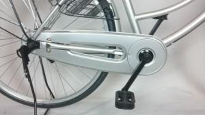 関東限定 特別価格 送料無料 26インチ 自転車 大人気 サントラスト ママチャリ 軽快車 シルバー 銀色 自転車 すそ スソ