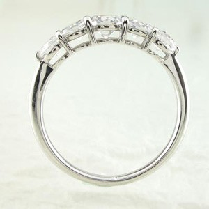 ハーフエタニティ エタニティ ゴージャス 5ストーン 5石 ダイヤモンド リング ダイヤリング 指輪 プラチナ900 pt900 【送料無料】
