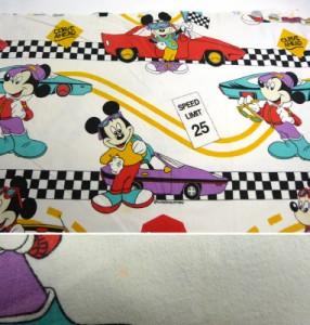 ディズニー ミッキーマウス&カー ビンテージ キャラクター フラットシーツ/はぎれ(110×166cm)【中古】【リメイク素材】