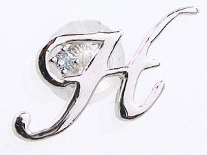 ホワイトゴールド ブルーダイヤ 片耳ピアス イニシャル K10wg ピアス 名前 ネーム 頭文字 アルファベット H
