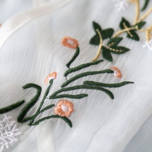 レトロ演劇 Guofeng ソリッドカラー スリーブ 白いドレス 刺繍 ホワイト