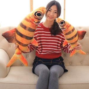 【送料無料】ぬいぐるみ さかな おもしろクッション 魚 抱き枕 サカナ 店飾り インテリア リアル魚 80cm