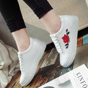 スニーカー 刺繍 花柄 フラワー カジュアル ベーシック シンプル シューズ 靴 レディース