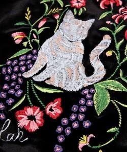 【再入荷】 ベロア ネコ刺繍 ブルゾン / 173397 / ScoLar / スカラー / アウター / 刺しゅう / 猫 / ねこ / 花 / ジャケット / 服