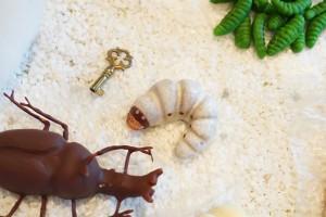チョコレート部門6年連続1位獲得! 超リアル!かぶと虫の幼虫チョコレート【冷蔵発送】 お菓子 おもしろ 子供 虫 プレゼント