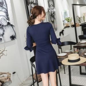 袖リボンがポイント☆シンプルなフレアミニスカートで大人ガーリー