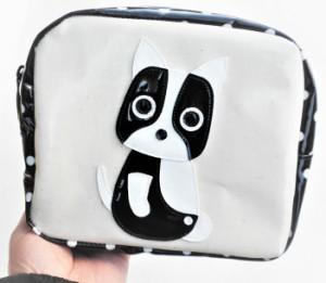 【送料無料】ポーチ 小物入れ 大き目 犬柄 フレンチブルドッグ 化粧 トラベル 水玉 ドット柄 ビニール