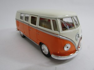 ダイキャストミニカー 1/32 1962 Volkswagen Classical Bus フォルクスワーゲン クラシカルバス オレンジ