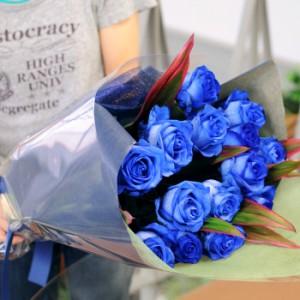青いバラの花束/5本以上からのお承りです。ブルーローズの花束 お花ギフト 花宅配エーデルワイス花贈り物