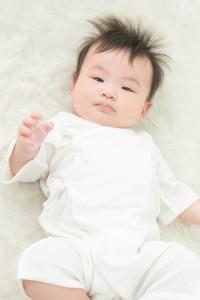【送料無料】コンビ肌着 オーガニックコットン 新生児 ベビー 赤ちゃん キナリ 白 50〜60cm 大人気商品 メール便 ER2808