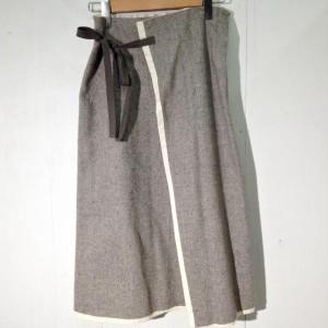 キャトルセゾン ラップスカート K1545 灰色 / グレー quatre saisons ヘリンボーン