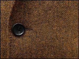 英国生地 [Harris Tweed]ハリスツイード 日本製 チェスターコート 金茶系 ダイヤゴナル シングル段返り3釦 秋冬物 HTC-J15