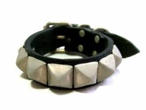 Rockabilly studs leather wristband (ロカビリー スタッズ レザー リストバンド) 063684