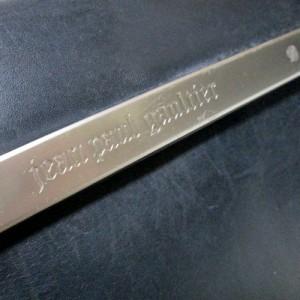 廃盤 Jean Paul GAULTIER ジャンポールゴルチエ メタルプレートレザーショルダーバッグ (黒 皮 革 ゴルチェ) 104001