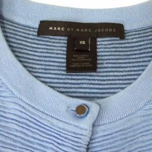 MARK BY MARC JACOBS マーク バイ マークジェイコブス 縮絨プリーツカーディガン (水色 ブルー 青) 108183