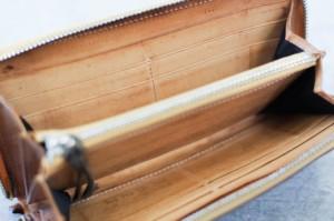 ○ガルニ GARNI Vine Pattern Zip Long Wallet ラウンドファスナー ラウンドジップ ミネルバリスシオ 長財布 レディース 【中古】 中古