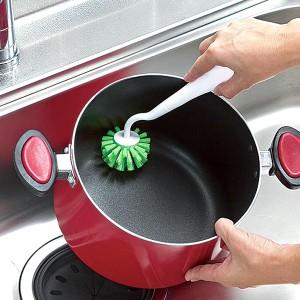キッチンブラシ PRO 立つ鍋・フライパン用 立つハンドル 立てられる 吊るせる