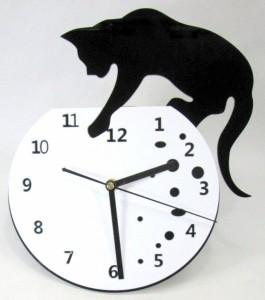 掛け時計 黒猫ちゃん